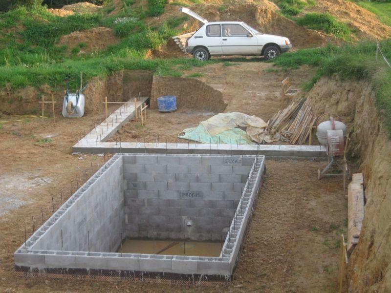 A chaises semelles auto construction en b ton cellulaire en alsace - Coffrage baignoire beton cellulaire ...